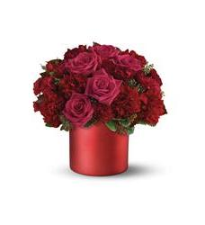 Teleflora's Say it in Scarlet Bouquet (08N110B)