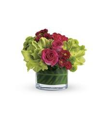 Teleflora's Beauty Secret (T159-2A)