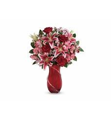 Teleflora's Wrapped With Passion Bouquet (T16V200A)