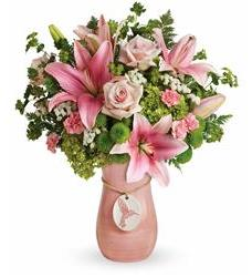 Teleflora's Elegance In Flight Bouquet (T18M105A)