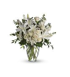 Dreams from the Heart Bouquet (T208-1A)