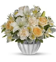 Teleflora's Kiss Me Softly (TEV04-2A)