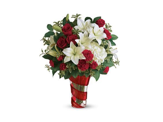 Teleflora's Work Of Heart Bouquet (T18V205A)