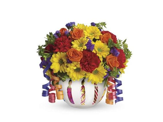 Teleflora's Brilliant Birthday Blooms (T28-1A)