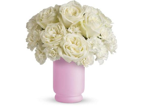 Teleflora's Sweetly Chic (TEV04-1A)