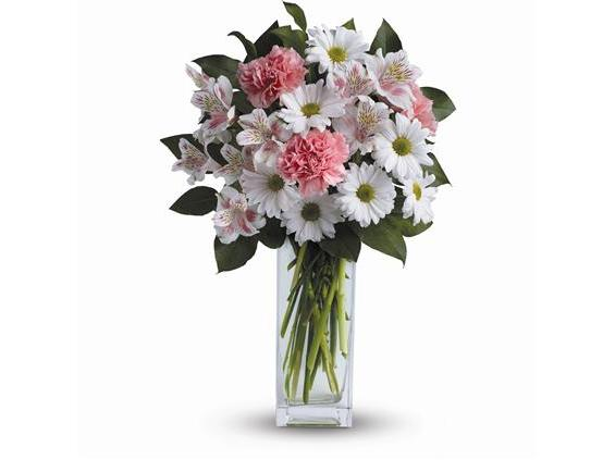 Sincerely Yours Bouquet by Teleflora (TEV31-5A)