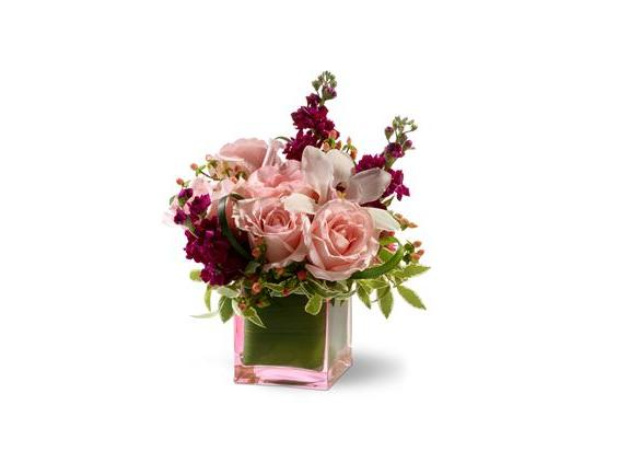 Teleflora's Sweetest Thing (TFWEB111)