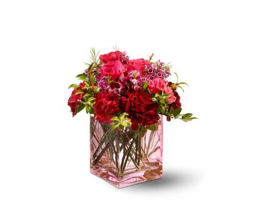 Teleflora's Touch of Love (TFWEB113)