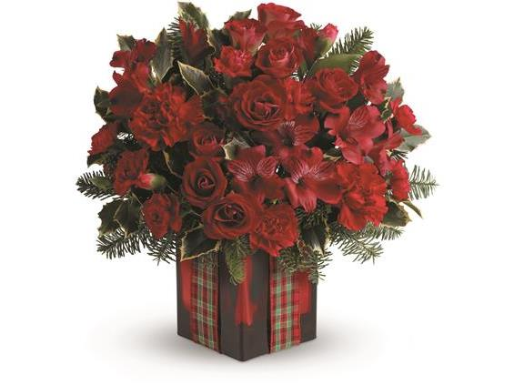 Season's Surprise Bouquet by Teleflora (TWR11-1A)