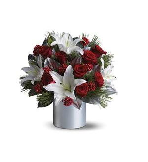 Teleflora's Lilies and Roses (08N830B)