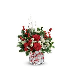 Teleflora's Winterberry Kisses Bouquet (T18X600A)