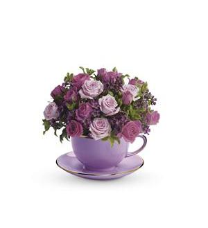 Teleflora's Cup of Roses Bouquet - Deluxe Item # T210-2B