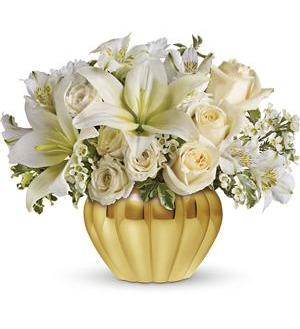 Teleflora's Touch of Gold (TEV03-3A)