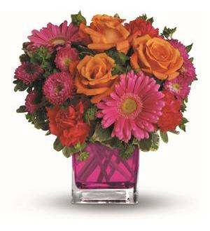 Teleflora's Turn Up The Pink Bouquet (TEV33-1A)