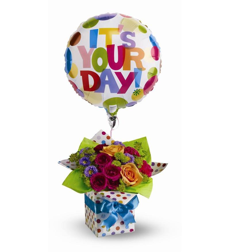 Teleflora\'s Happy Birthday Present - TFWEB309 ($62.96)